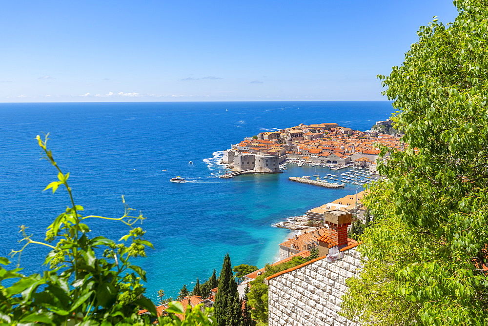Elevated view of Dubrovnik Old Town, UNESCO World Heritage Site, and Adriatic Sea, Dubrovnik, Dalmatia, Croatia, Europe