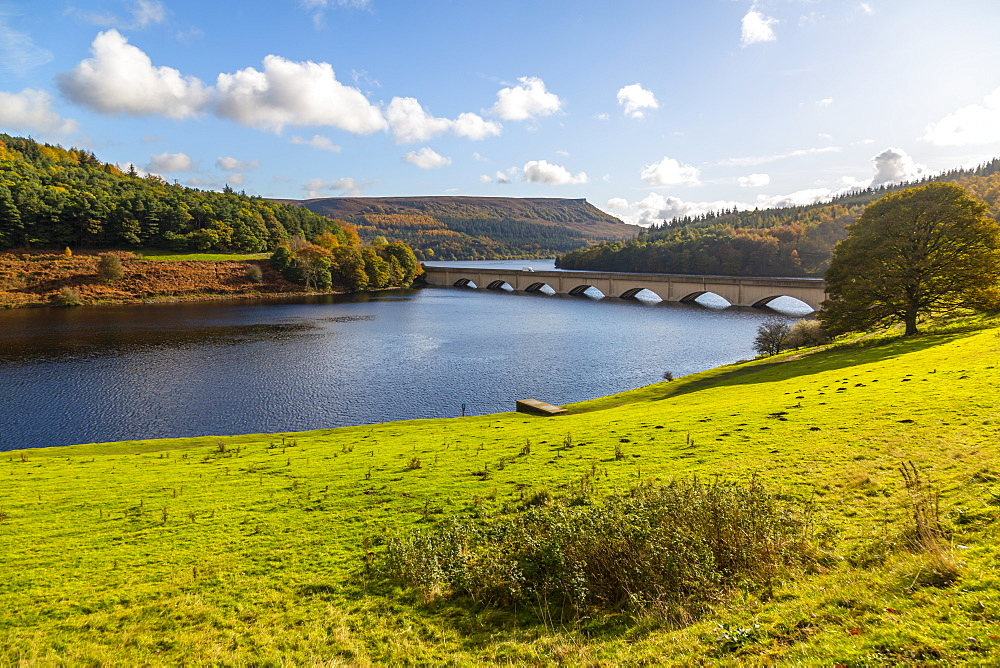 View of Ladybower Reservoir, Derbyshire, Peak District National Park, England, United Kingdom, Europe