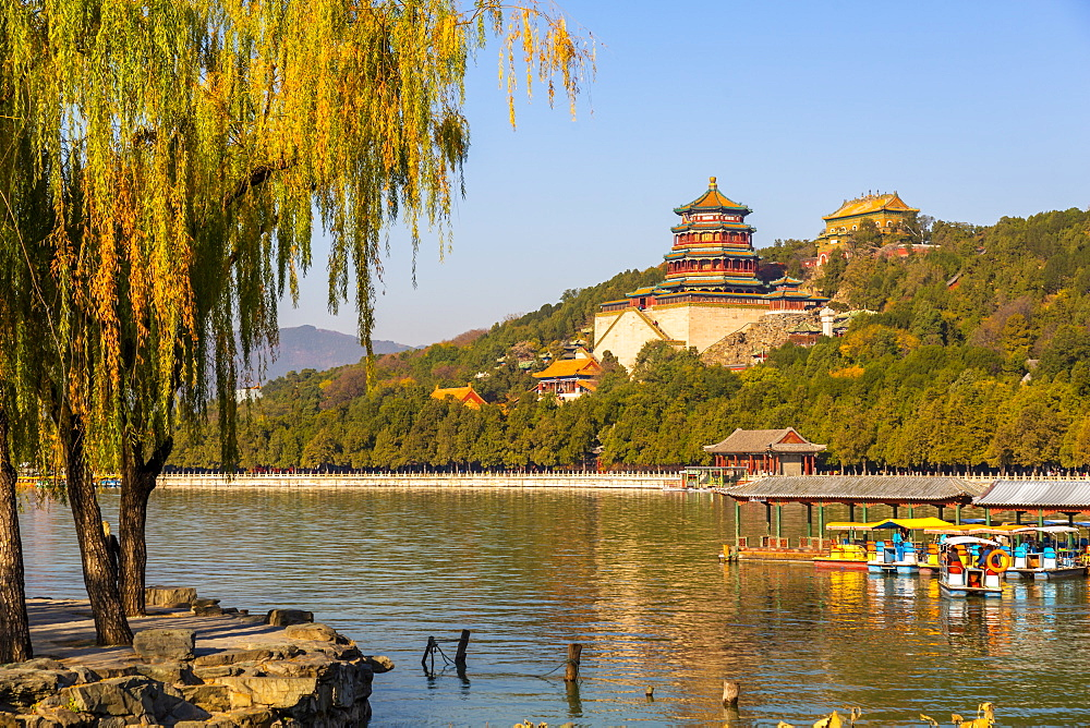 View of Kunming Lake and The Summer Palace, UNESCO World Heritage Site, Beijing, People's Republic of China, Asia