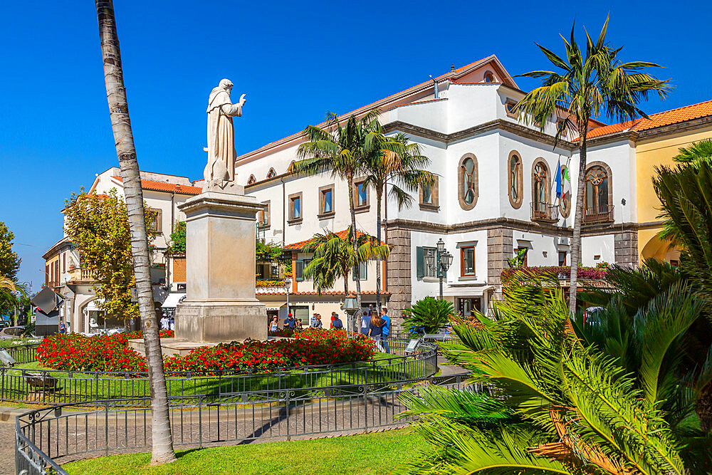 View of statue in Piazza Sant'Antonino, Sorrento, Campania, Italy, Europe