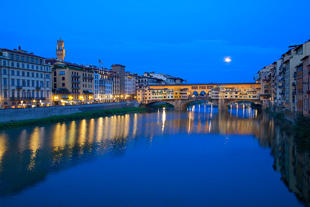 Ponte Vecchio bridge over the River Arno and full moon, Florence, UNESCO World Heritage Site, Tuscany, Italy, Europe