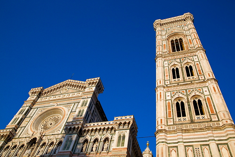 The Duomo (Santa Maria del Fiore) and Campanile, Florence, UNESCO World Heritage Site, Tuscany, Italy, Europe