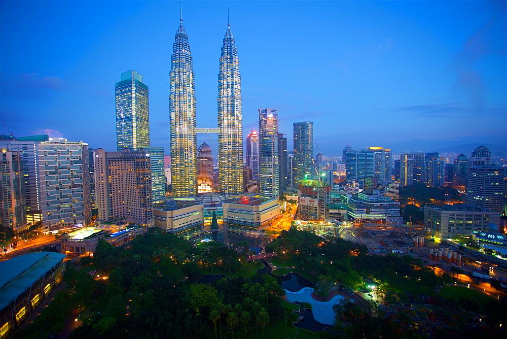 Petronas Towers at night, Kuala Lumpur, Malaysia, Southeast Asia, Asia