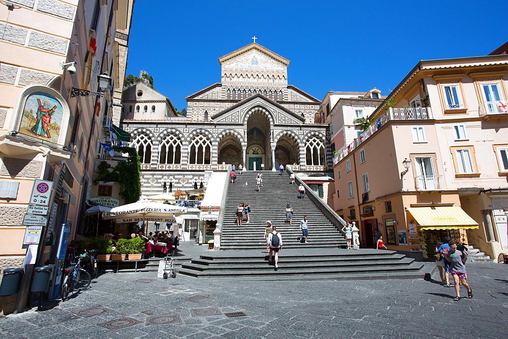 Piazza Duomo, Duomo di Amalfi, Amalfi, Costiera Amalfitana (Amalfi Coast), UNESCO World Heritage Site, Campania, Italy, Europe