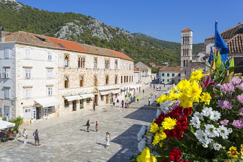 Main Square, Hvar, Hvar Island, Dalmatia, Croatia, Europe