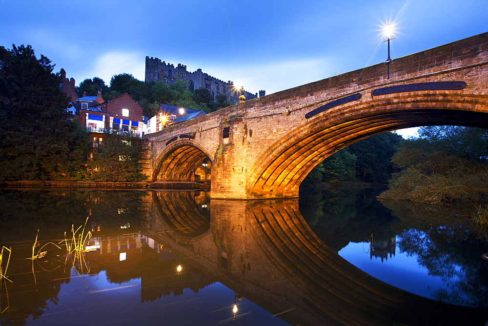 Framwellgate Bridge over the River Wear at dusk, Durham, County Durham, England, United Kingdom, Europe - 845-1016
