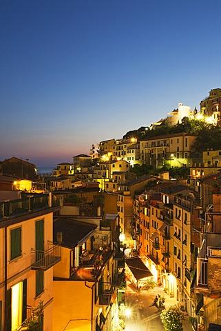 Via Colombo at dusk in Riomaggiore, Cinque Terre, UNESCO World Heritage Site, Liguria, Italy, Mediterranean, Europe