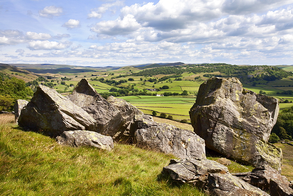Crummack Dale from Norber near Austwick, Yorkshire Dales, Yorkshire, England, United Kingdom, Europe - 845-958