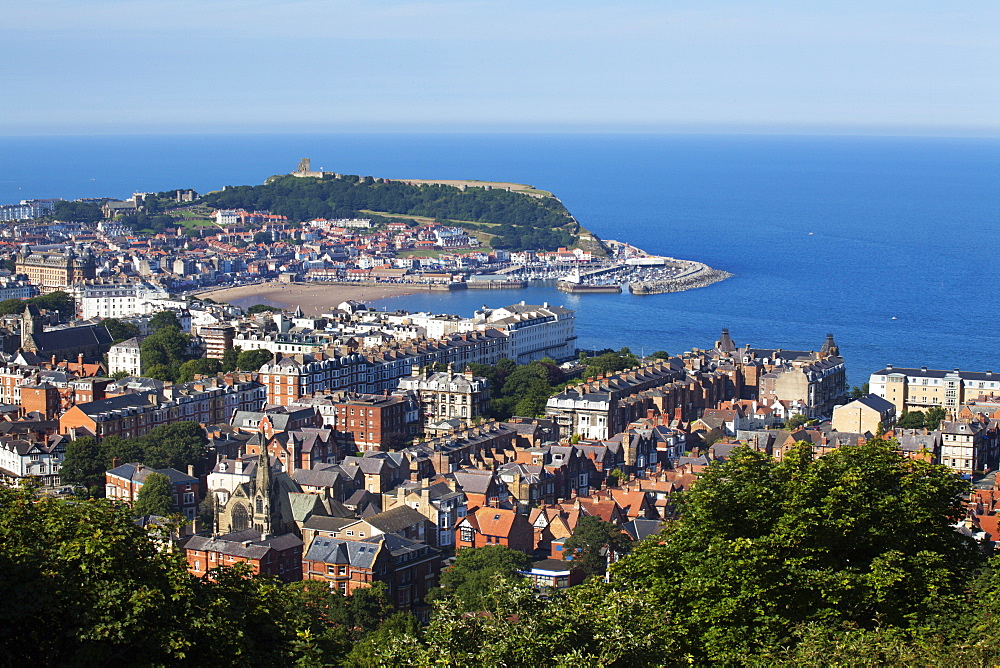 Scarborough from Olivers Mount, North Yorkshire, Yorkshire, England, United Kingdom, Europe - 845-967