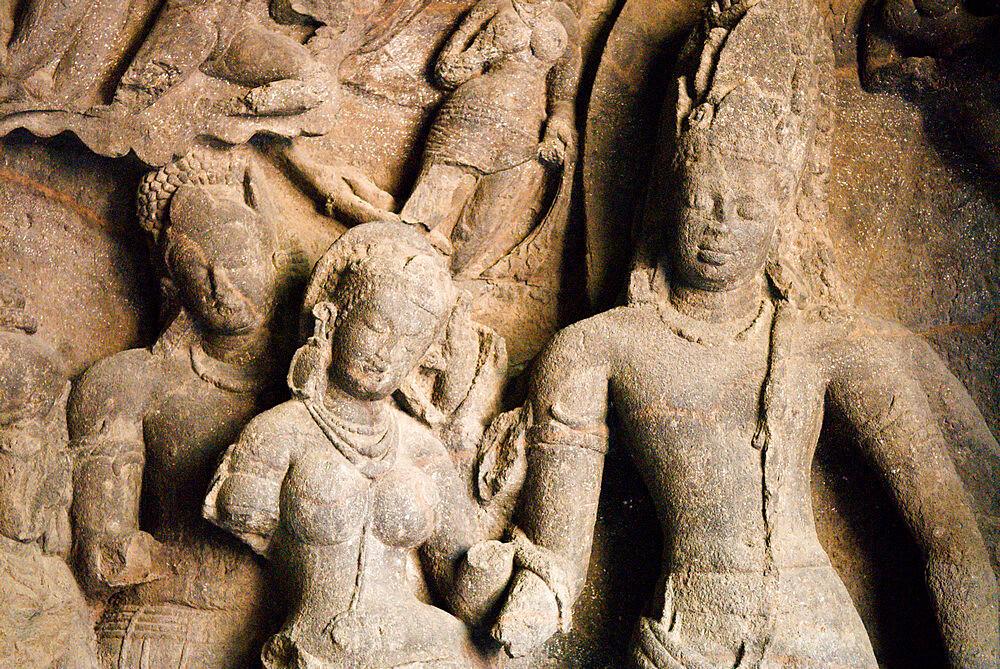 Cave Temple carving, Elephanta Island, UNESCO World Heritage Site, Mumbai (Bombay), Maharashtra, India - 846-1196