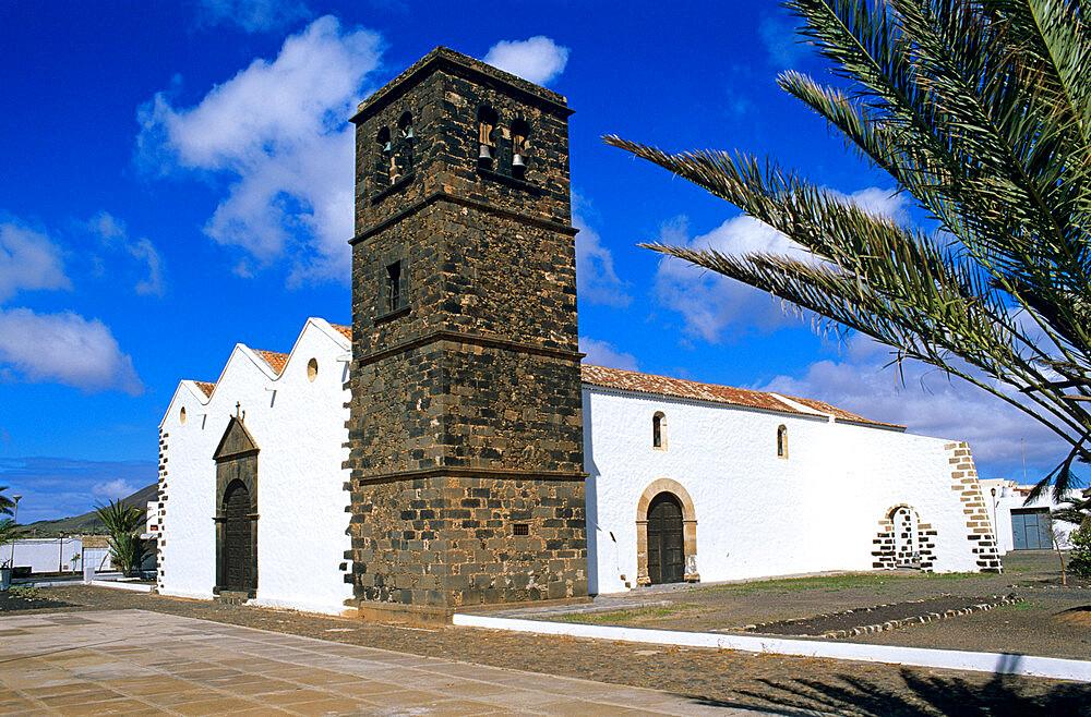 Church of Nuestra Senora de la Candelaria, La Oliva, Fuerteventura, Canary Islands, Spain, Europe - 846-379
