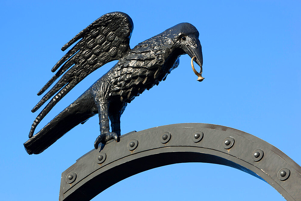 Raven motif derived from Coat of Arms of Matthias Corvinus, Royal Palace (Buda Castle), Budapest, Hungary, Europe - 846-466