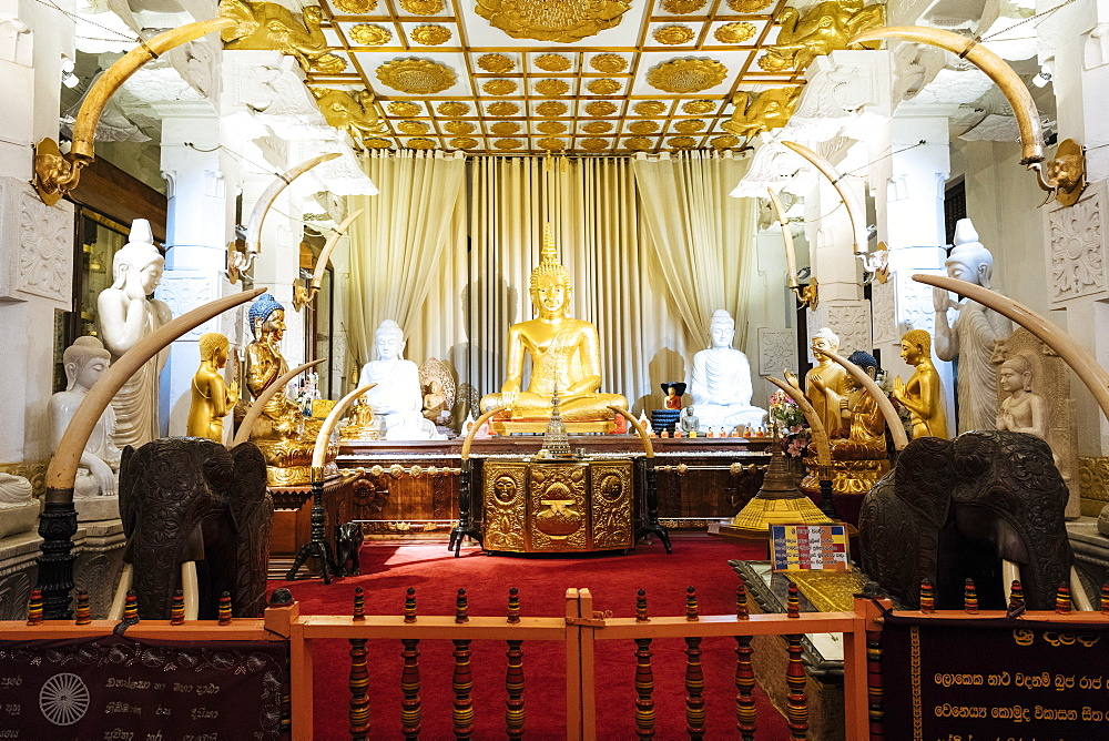 Temple of the Sacred Tooth Relic, Kandy, Central Province, Sri Lanka, Asia - 848-1809