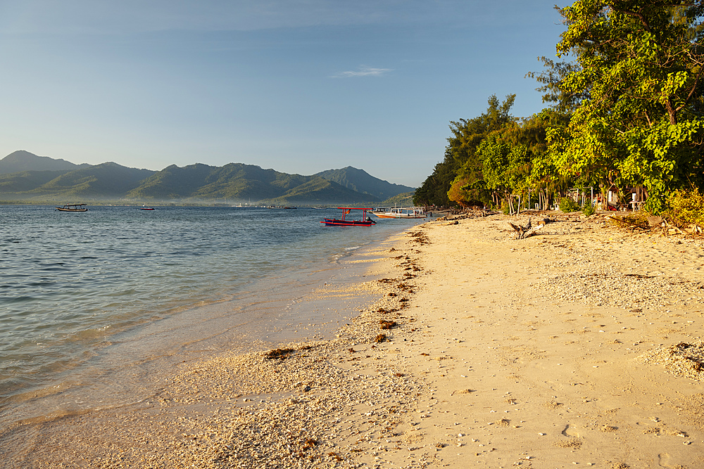 Beach at Gili Air, Gili Islands, Lombok Region, Indonesia, Southeast Asia, Asia - 848-1924