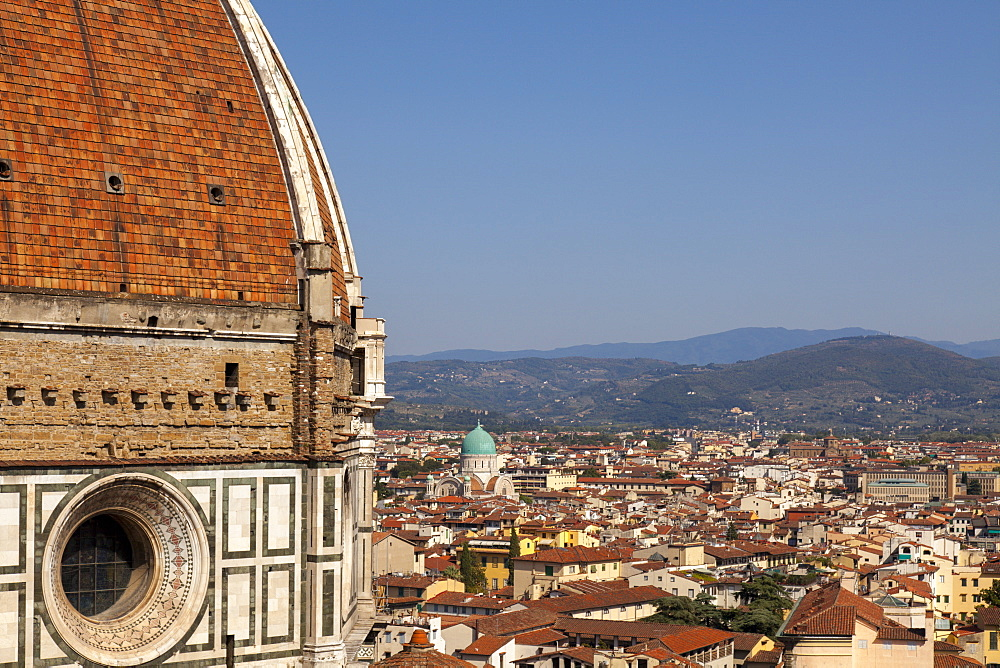 The Dome of  Santa Maria del Fiore and roof tops, Florence, UNESCO World Heritage Site, Tuscany, Italy, Europe