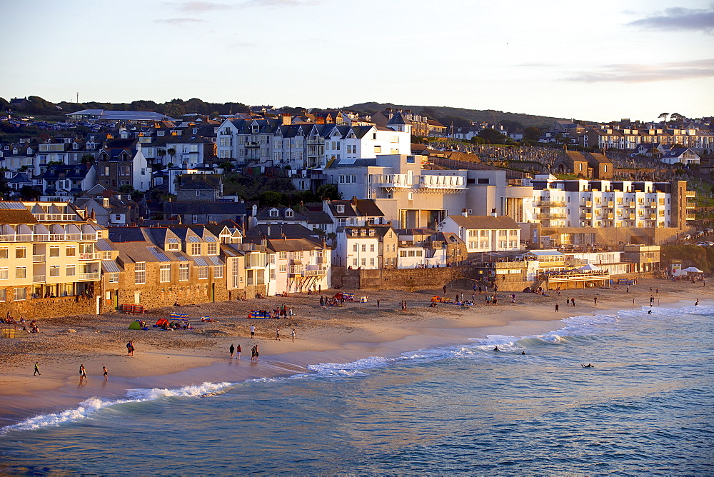 Overlooking Porthmeor Beach in St. Ives at sunset, Cornwall, England, United Kingdom, Europe - 851-563
