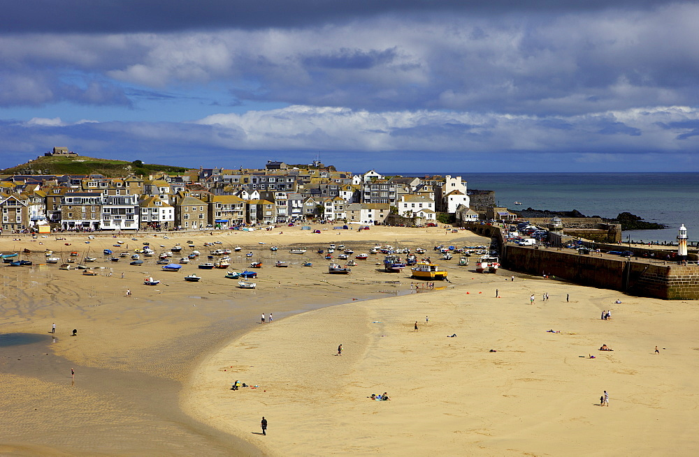 Looking across the harbour at St. Ives at low tide towards St. Ives Head, Cornwall, England, United Kingdom, Europe - 851-564