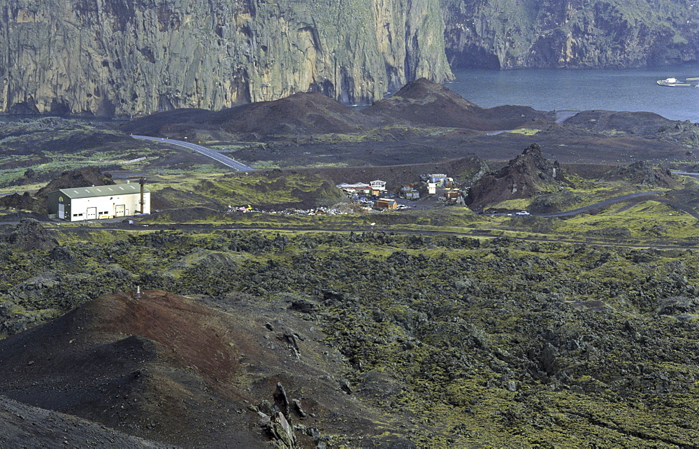 View from the Volcano Eldfell towards the harbour of Heimaey. Vestmannaeyjar Islands, Southern Iceland - 909-145