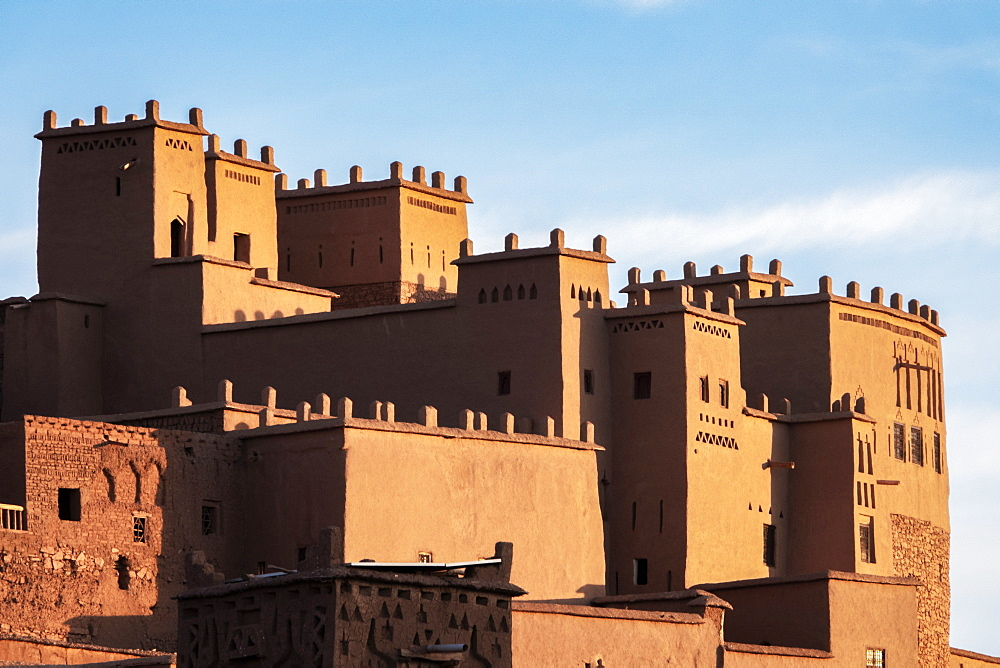 Ait Ben-Haddou Kasbah in the morning, UNESCO World Heritage Site, Morocco, North Africa, Africa - 958-1195