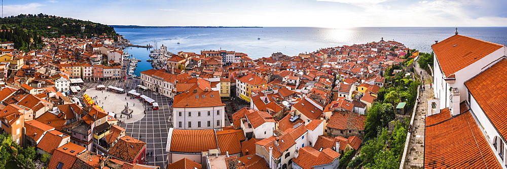 Tartini Square on left and Church of St. George on right, seen from Church of St. George bell tower, Piran, Primorska, Slovenian Istria,  Slovenia, Europe