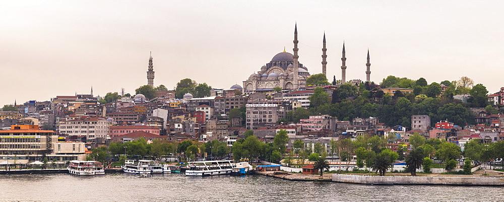 Suleymaniye Mosque, UNESCO World Heritage Site, seen across Golden Horn, Istanbul, Turkey, Europe