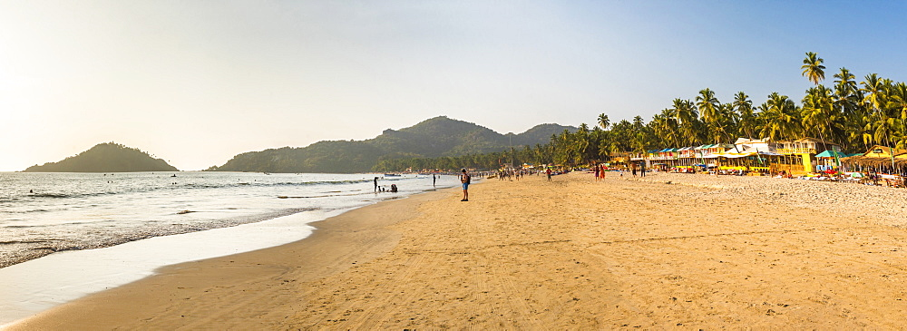 Palolem Beach at sunset, Goa, India, Asia - 1109-3147