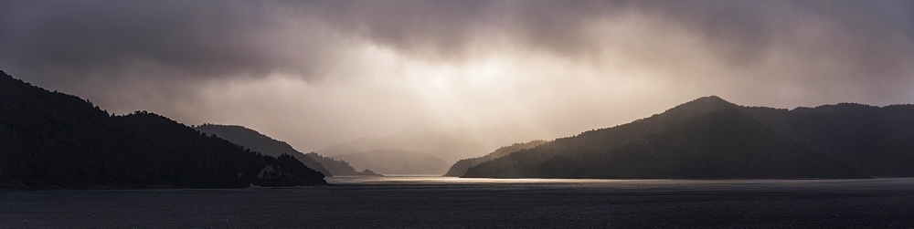 Lake Waikaremoana, Te Urewera, Eastland, North Island, New Zealand - 1109-3610