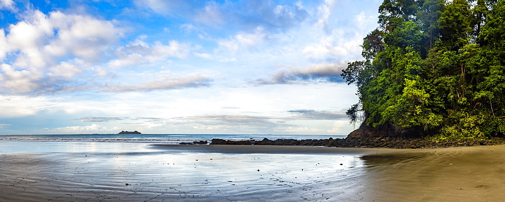 Playa Arco Beach, Uvita, Marino Ballena National Park, Puntarenas Province, Pacific Coast of Costa Rica, Central America