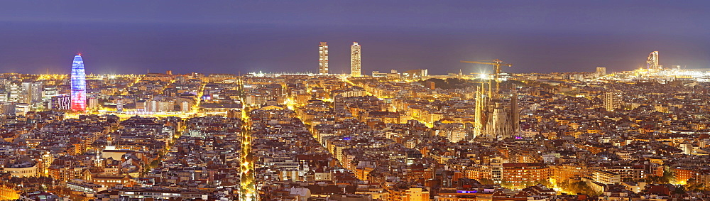 Barcelona skyline with Torre Agbar and Sagrada Familia by architect Antonio Gaudi, Barcelona, Catalonia, Spain, Europe