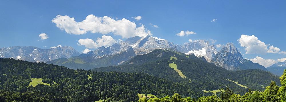 View to Mount Zugspitze, 2962m, and Wetterstein Mountain Range, Werdenfelser Land, Upper Bavaria, Germany, Europe