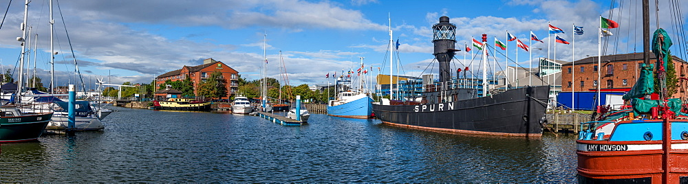 Panoramic of Port of Hull, Yorkshire, England, United Kingdom, Europe - 1199-589