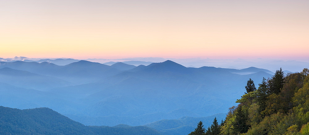 Blue Ridge Mountains from Waterrock Knob at dawn, Blue Ridge Parkway, Jackson County, North Carolina, United States of America, North America