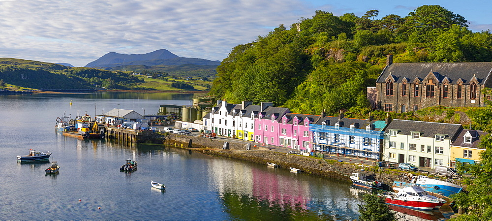 Panoramic view of Portree Harbour, Isle of Skye, Inner Hebrides, Highlands and Islands, Scotland, United Kingdom, Europe - 1237-364