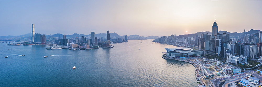 View over Victoria Harbour and Hong Kong at sunset, China, Asia - 1272-286
