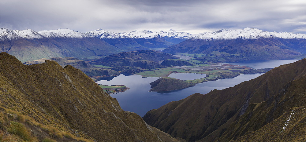 Panoramic view of Mount Aspiring and mountain range from the Roys Peak near Wanaka, Otago, South Island, New Zealand, Pacific - 1275-108
