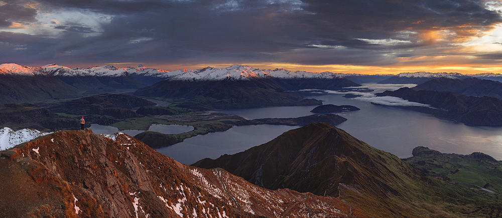 Morning panoramic view of mountain ranges including Mount Aspiring from the Roys Peak, Wanaka, Otago, South Island, New Zealand, Pacific - 1275-118