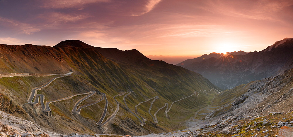 Sunrise over the Stelvio Pass (Passo dello Stelvio), Eastern Alps, Italy, Europe - 1284-190