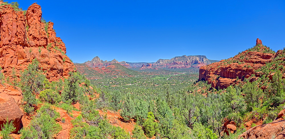 View of Sedona from the north slope of the Twin Buttes, Arizona, United States of America, North America