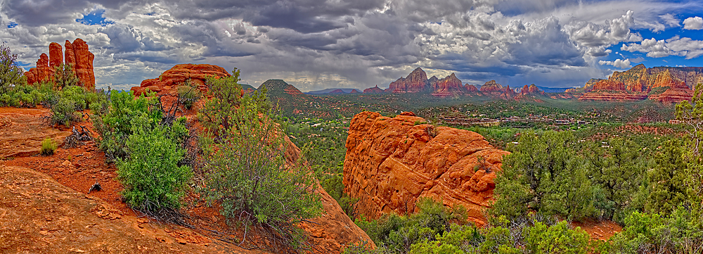 Super panorama view of Sedona from the west side of the Crimson Cliffs off the Margs Draw Trail, Arizona, United States of America, North America - 1311-112