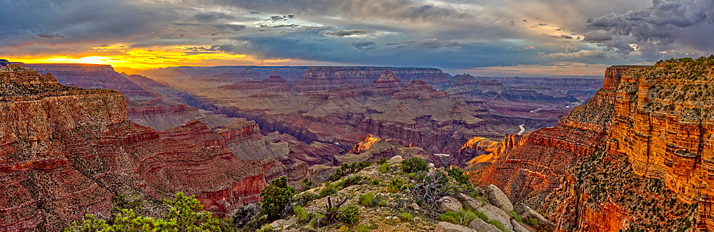 Grand Canyon view at sunset from the west side of Moran Point, Grand Canyon National Park, UNESCO World Heritage Site, Arizona, United States of America, North America - 1311-141