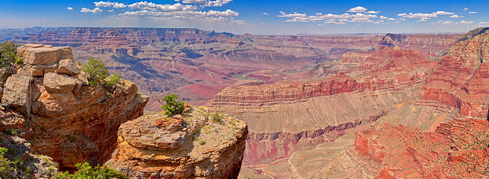 Grand Canyon view east of Pinal Point on the south rim, Grand Canyon National Park, UNESCO World Heritage Site, Arizona, United States of America, North America