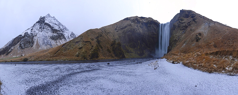 Skogafoss waterfall