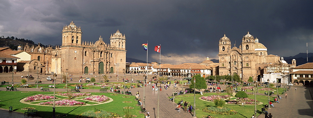 Christian cathedral and square, Cuzco (Cusco), UNESCO World Heritage Site, Peru, South America