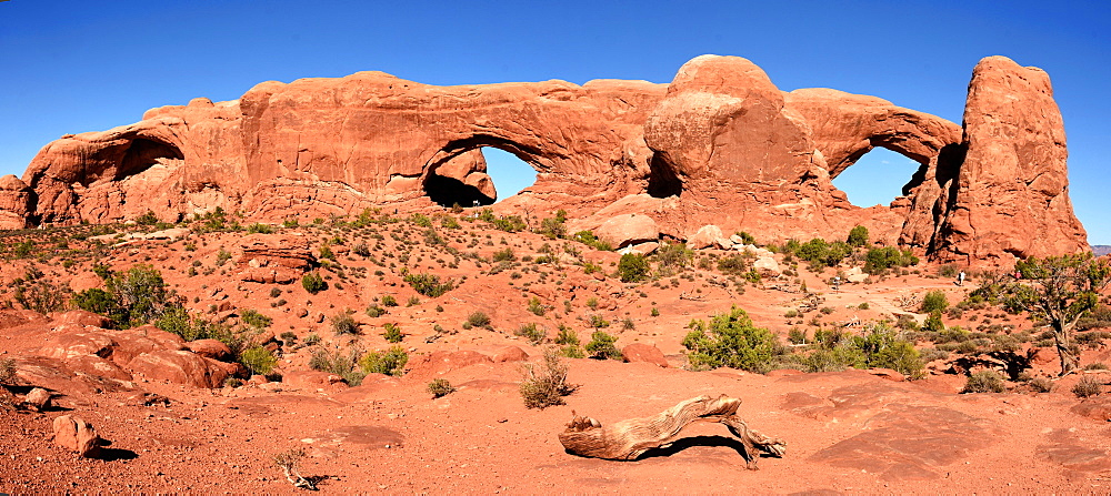 Windows Arches, Arches National Park, Moab, Utah, United States of America, North America - 29-5444