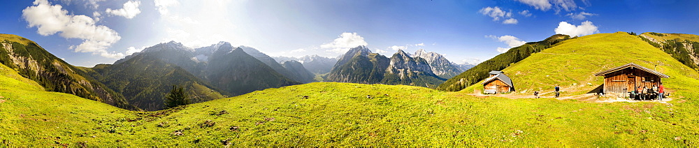 360 ° panoramic view, mountain cabin, view of Grosser Ahornboden, Karwendel, Austria, Europe