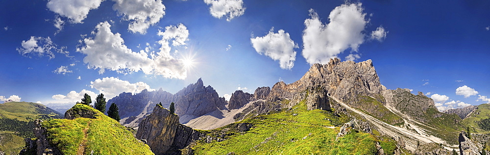 360° panoramic view of the Dolomites high route near Wasserscharte gorge, Puez Mountains and Geisler Mountains at the back, Puez-Geisler Nature Park, province of Bolzano-Bozen, Italy, Europe