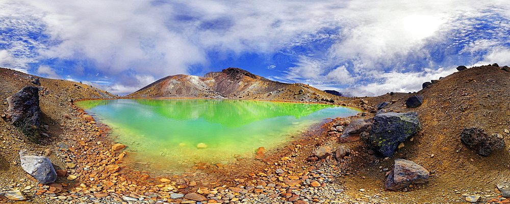 360 panorama with the green sulphurous Emerald Lakes and volcanio Mt Tongariro, Tongariro National Park, Manawatu-Wanganui, North Island, New Zealand, Oceania