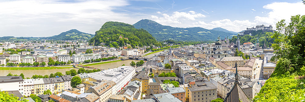 View of Salzach River, The Old City with Hohensalzburg Castle to the right and the New City to the left, Salzburg, Austria, Europe