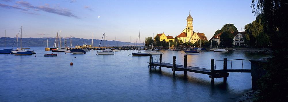 Church of Saint George on Lake Constance at sunrise, Wasserburg am Bodensee, Bavaria, Germany, Europe