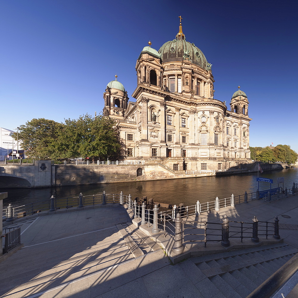 Berliner Dom (Berlin Cathedral), Spree River, Museum Island, UNESCO Weltkulturerbe, Mitte, Berlin, Germany